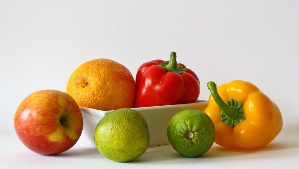 Овощи и фрукты насыщенных оттенков